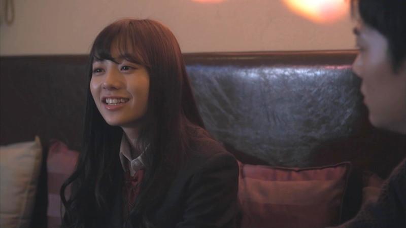 【伊藤萌々香キャプ画像】アイドルだった若手女優のちょっとセクシーなシーン 16