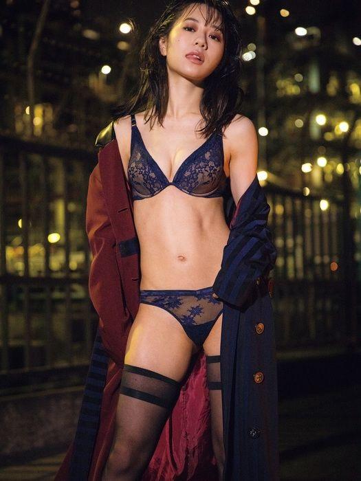 【伊藤萌々香キャプ画像】アイドルだった若手女優のちょっとセクシーなシーン 80