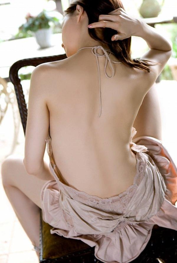【乙黒えりグラビア画像】ハーフ美人女優の若い頃の水着姿やCM出演シーン 55