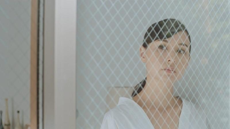 【乙黒えりグラビア画像】ハーフ美人女優の若い頃の水着姿やCM出演シーン 68