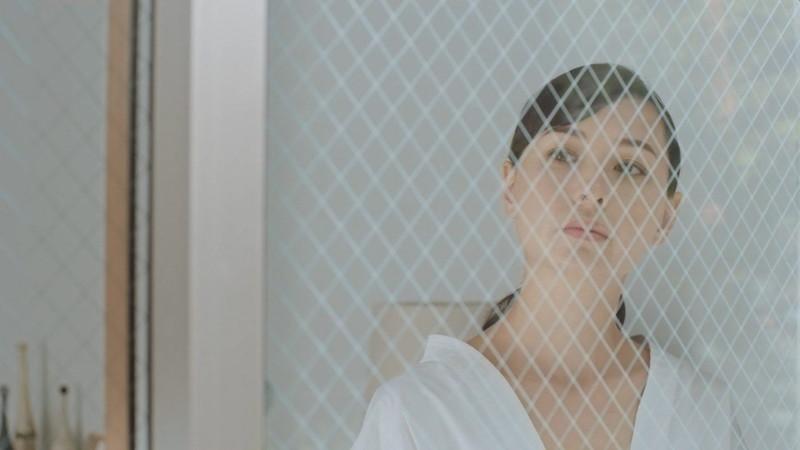 【乙黒えりグラビア画像】ハーフ美人女優の若い頃の水着姿やCM出演シーン 69