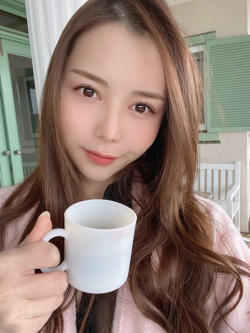 【白峰ミウエロ画像】グラドルデビューしてからあっと言う間にAV女優へ転向! 30