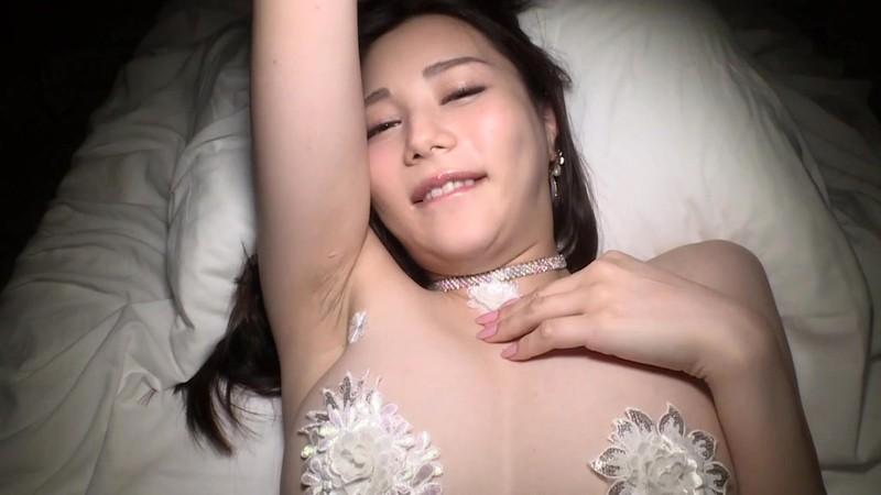 【白峰ミウエロ画像】グラドルデビューしてからあっと言う間にAV女優へ転向! 48
