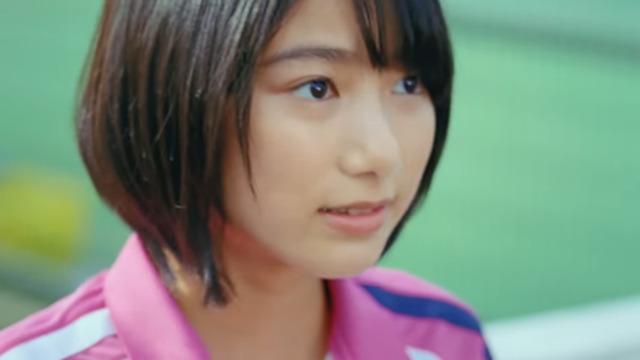 【池間夏海エロ画像】ショートカットが似合って可愛い美少女の水着姿 04