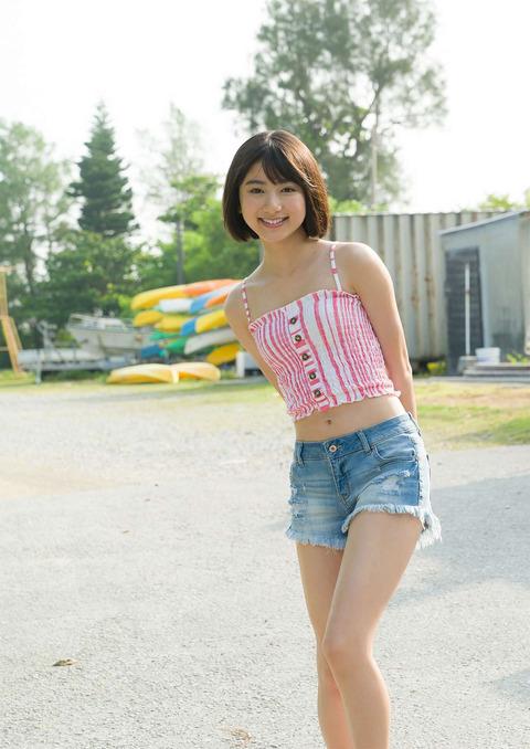 【池間夏海エロ画像】ショートカットが似合って可愛い美少女の水着姿 32