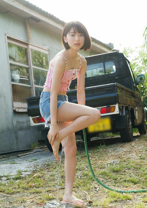 【池間夏海エロ画像】ショートカットが似合って可愛い美少女の水着姿 33