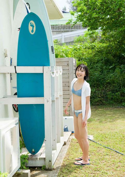 【池間夏海エロ画像】ショートカットが似合って可愛い美少女の水着姿 40