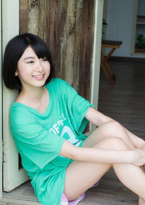 【池間夏海エロ画像】ショートカットが似合って可愛い美少女の水着姿 49