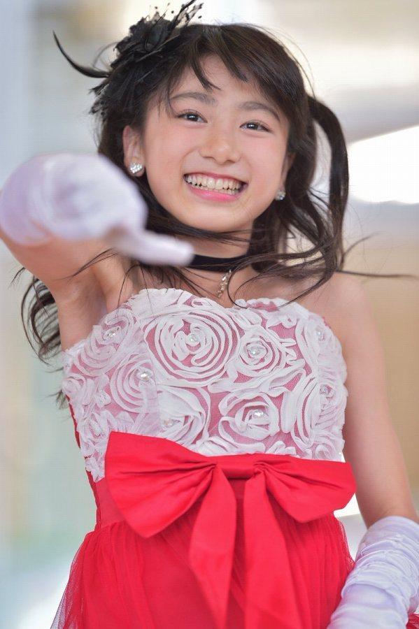 【池間夏海エロ画像】ショートカットが似合って可愛い美少女の水着姿 83