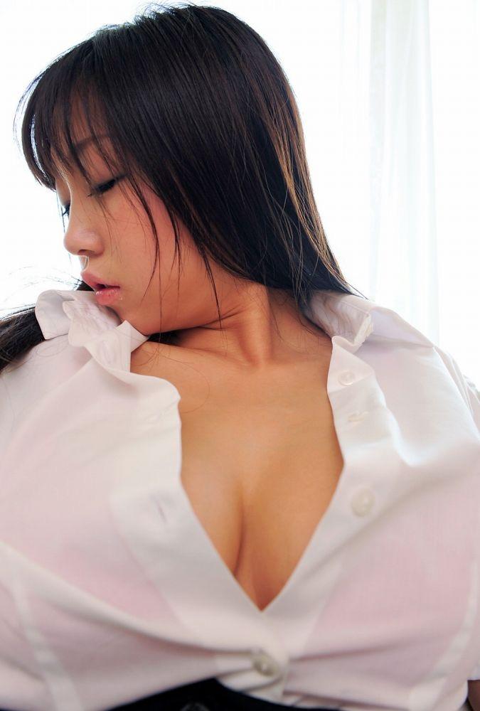 【あさいあみグラビア画像】くびれボディがエロいIカップ垂れ爆乳グラビアアイドル 16