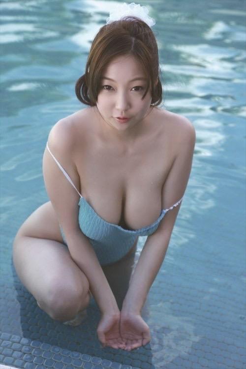 【あさいあみグラビア画像】くびれボディがエロいIカップ垂れ爆乳グラビアアイドル 52