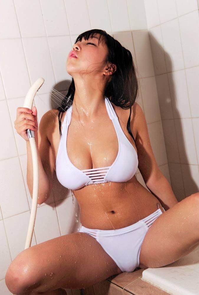 【あさいあみグラビア画像】くびれボディがエロいIカップ垂れ爆乳グラビアアイドル 71