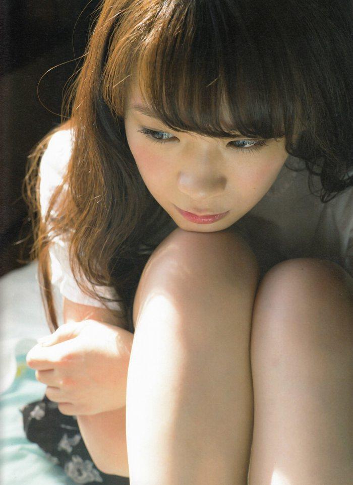 【秋元真夏グラビア画像】乃木坂46の2代目キャプテンが披露したビキニ姿 70