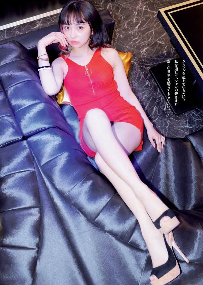 【小宮有紗グラビア画像】美脚で蹴られたい?スタイル抜群な水着姿がエロい戦隊ヒロイン 14