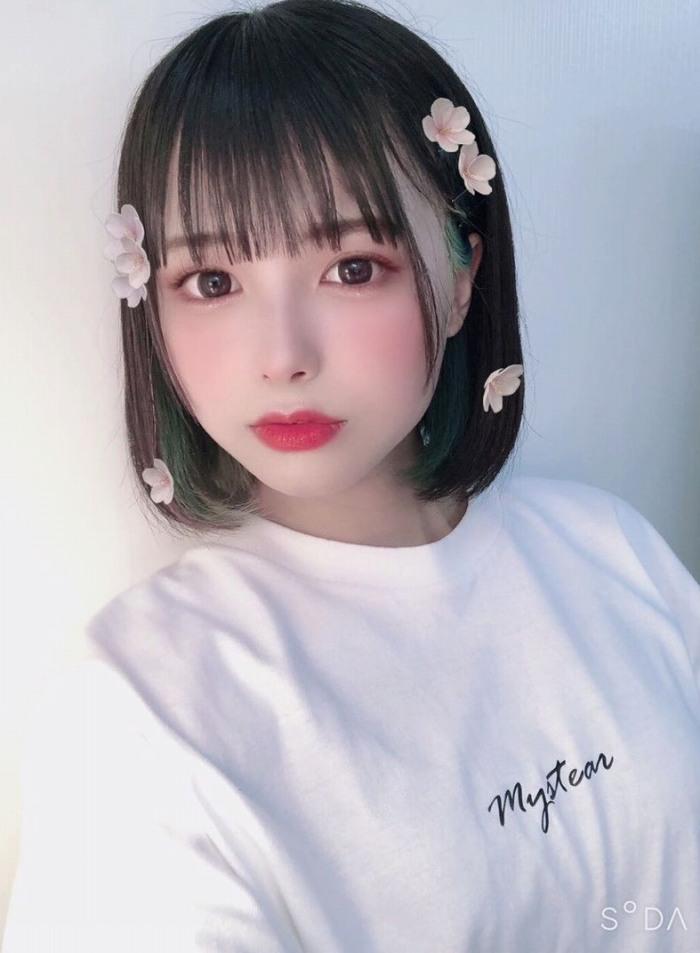 【宮崎あみさエロ画像】美少女の可愛い魅力が詰まったセルフィーとグラビア 04