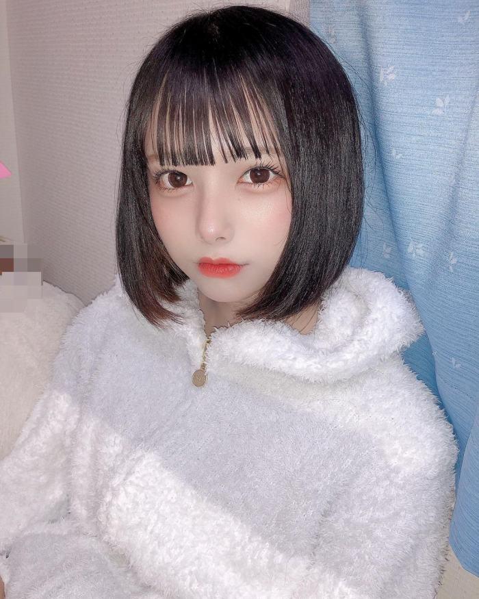 【宮崎あみさエロ画像】美少女の可愛い魅力が詰まったセルフィーとグラビア 24