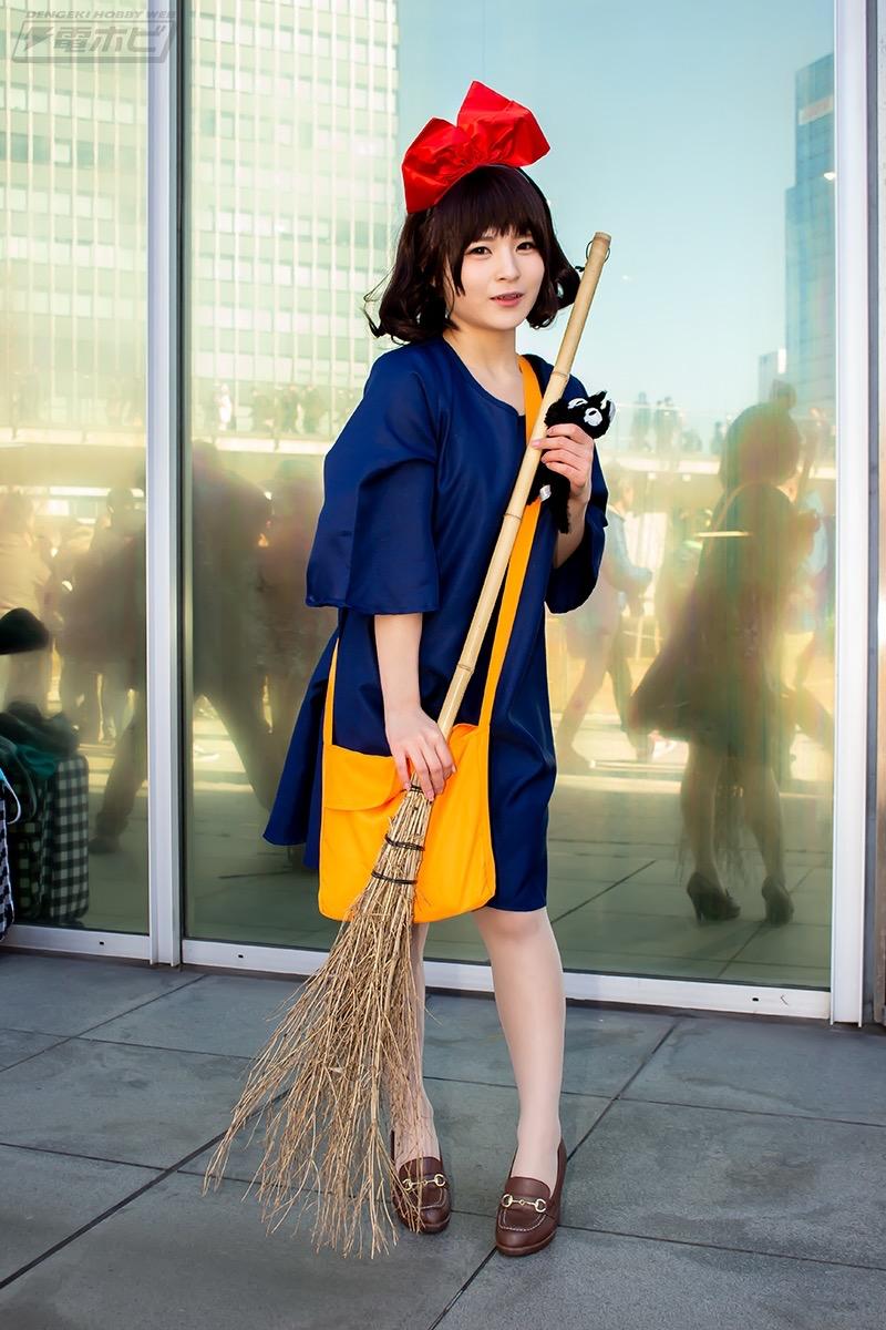 【コスプレエロ画像】平成最後の冬コミックマーケットで可愛くてエロいコスプレ写真! 23