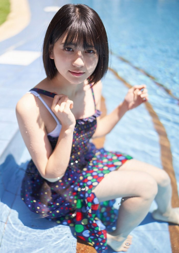 【やまだみなみエロ画像】笑顔が可愛い美少女アイドルのエッチな写真 24