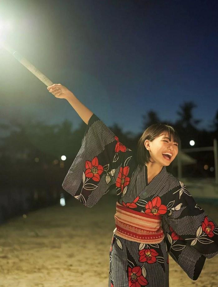 【やまだみなみエロ画像】笑顔が可愛い美少女アイドルのエッチな写真 60