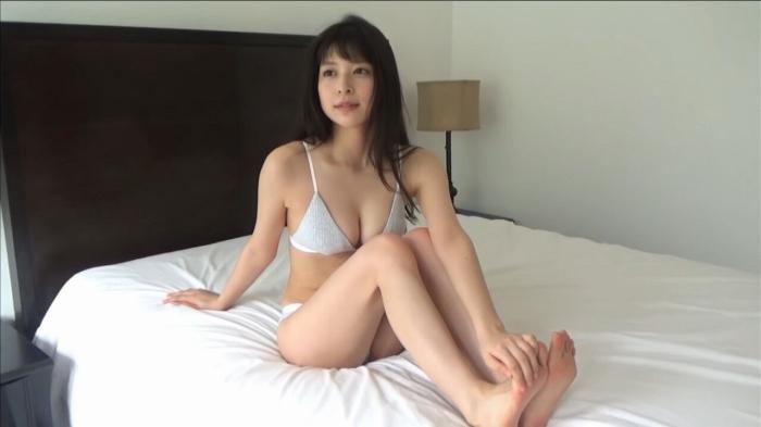 【染野有来エロ画像】コンテストグランプリ美少女のビキニ谷間! 07