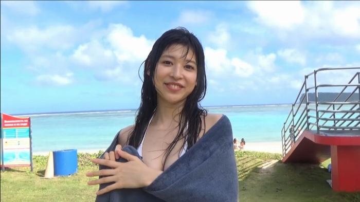 【染野有来エロ画像】コンテストグランプリ美少女のビキニ谷間! 38