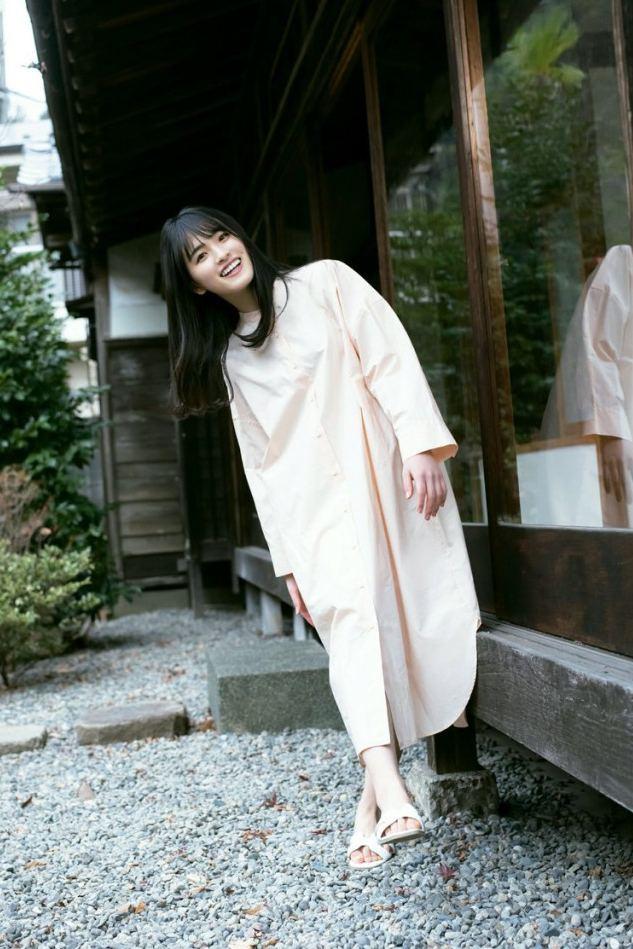 【大園桃子グラビア画像】笑顔と美脚が自慢の乃木坂46メンバーアイドル 33