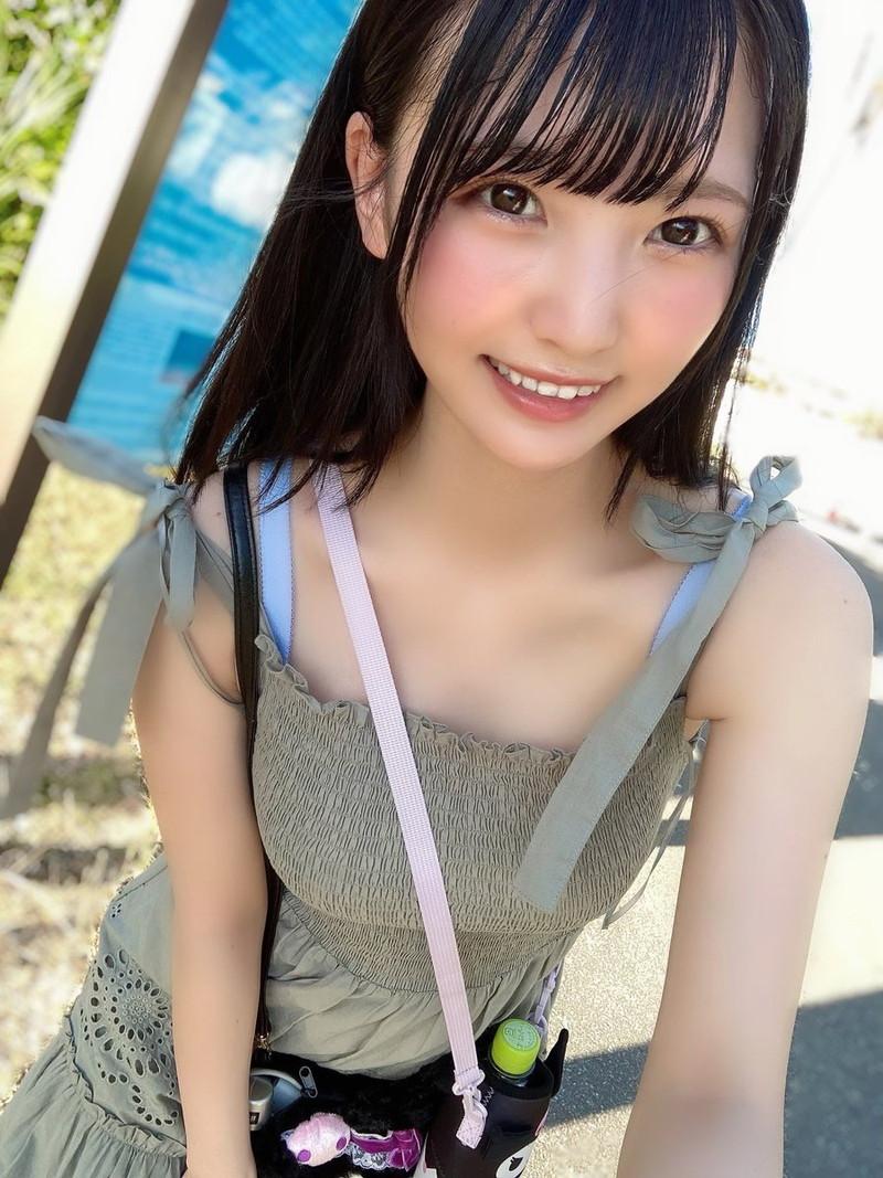 【由良ゆらエロ画像】えっちな姿で男性の心と股間を癒やしてくれる美少女 34