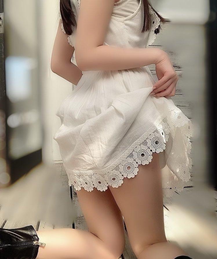 【由良ゆらエロ画像】えっちな姿で男性の心と股間を癒やしてくれる美少女 42