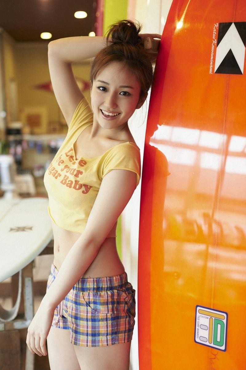 【上間凜子グラビア画像】高校を中退して初出演作が「高校デビュー」wwww 29