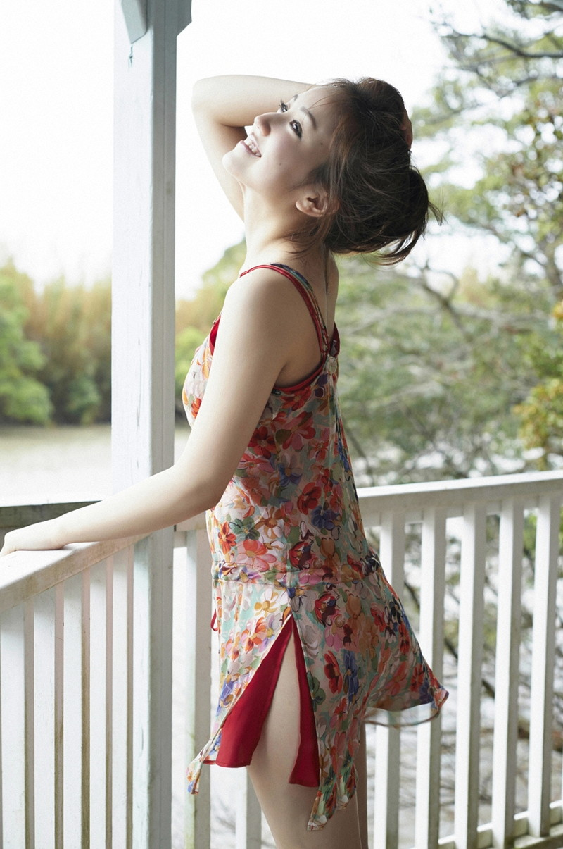 【上間凜子グラビア画像】高校を中退して初出演作が「高校デビュー」wwww 47