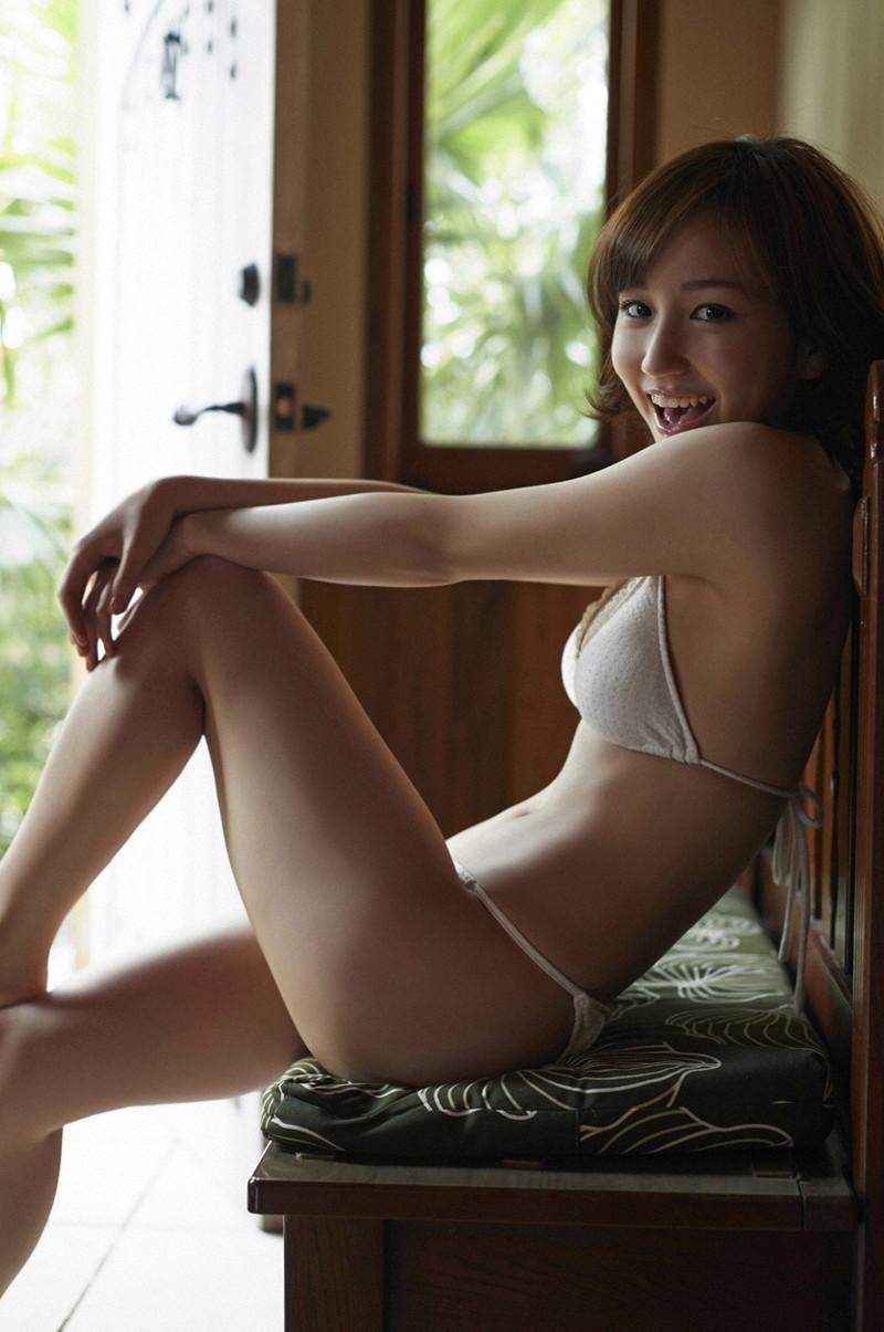 【上間凜子グラビア画像】高校を中退して初出演作が「高校デビュー」wwww 76