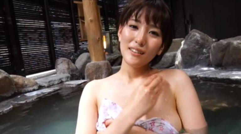 【朝比奈裕未エロ画像】現役アラサータレントの美尻がエッチなビキニ姿 04