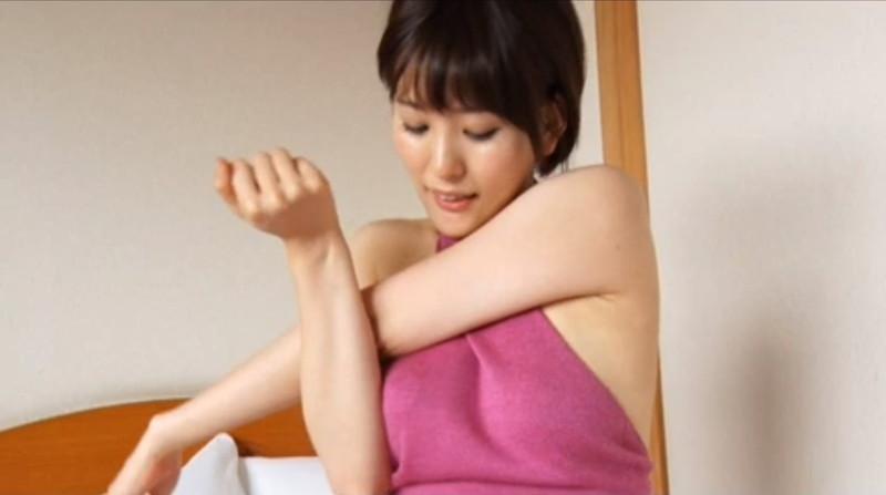 【朝比奈裕未エロ画像】現役アラサータレントの美尻がエッチなビキニ姿 24