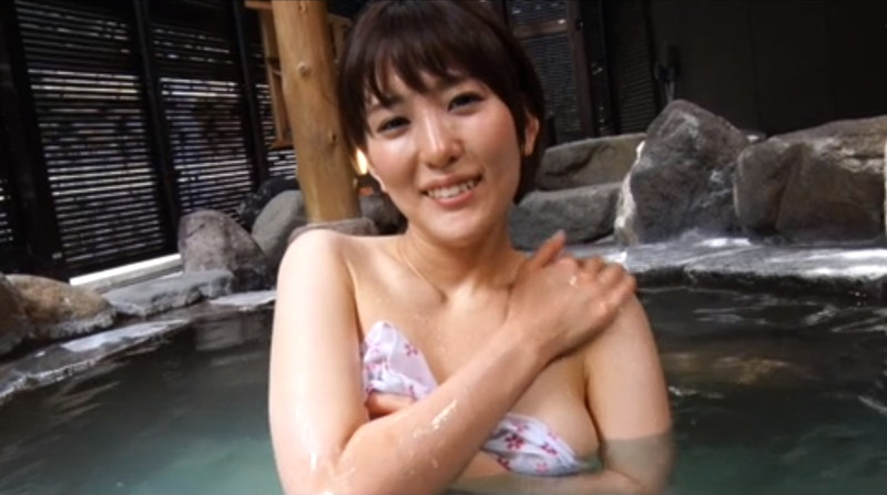 【朝比奈裕未エロ画像】現役アラサータレントの美尻がエッチなビキニ姿 34