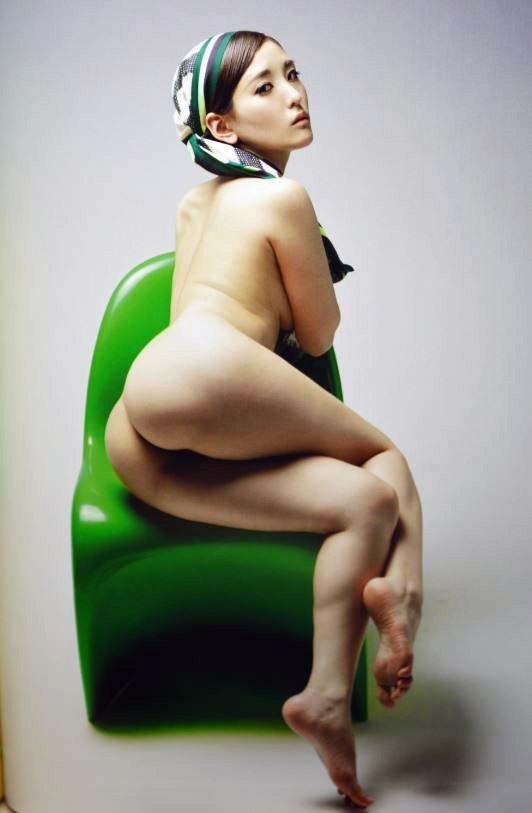 【朝比奈裕未エロ画像】現役アラサータレントの美尻がエッチなビキニ姿 42