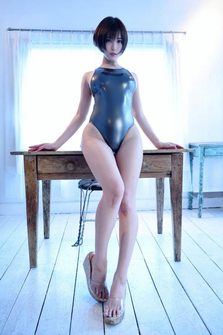 【朝比奈裕未エロ画像】現役アラサータレントの美尻がエッチなビキニ姿 54