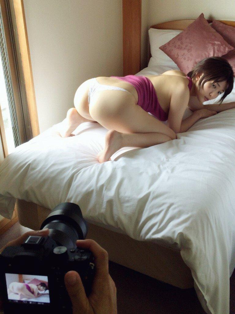 【朝比奈裕未エロ画像】現役アラサータレントの美尻がエッチなビキニ姿 58