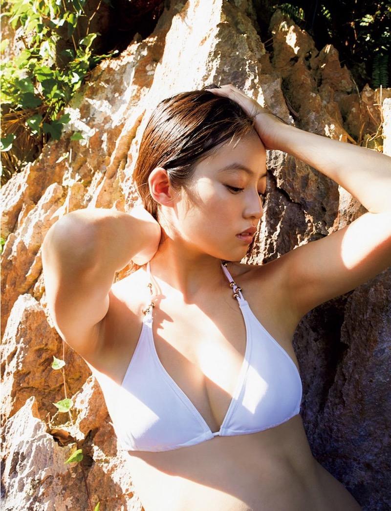 【今田美桜グラビア画像】「世界で最も美しい顔100人」にノミネートされた美人女優 71
