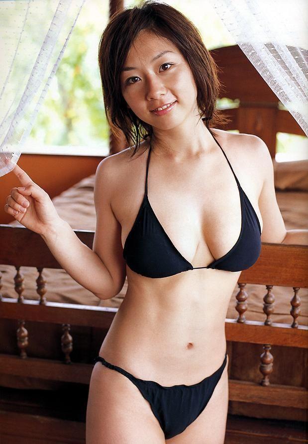 【たしろさやかグラビア画像】元ホリプロタレントのHカップおっぱい! 33