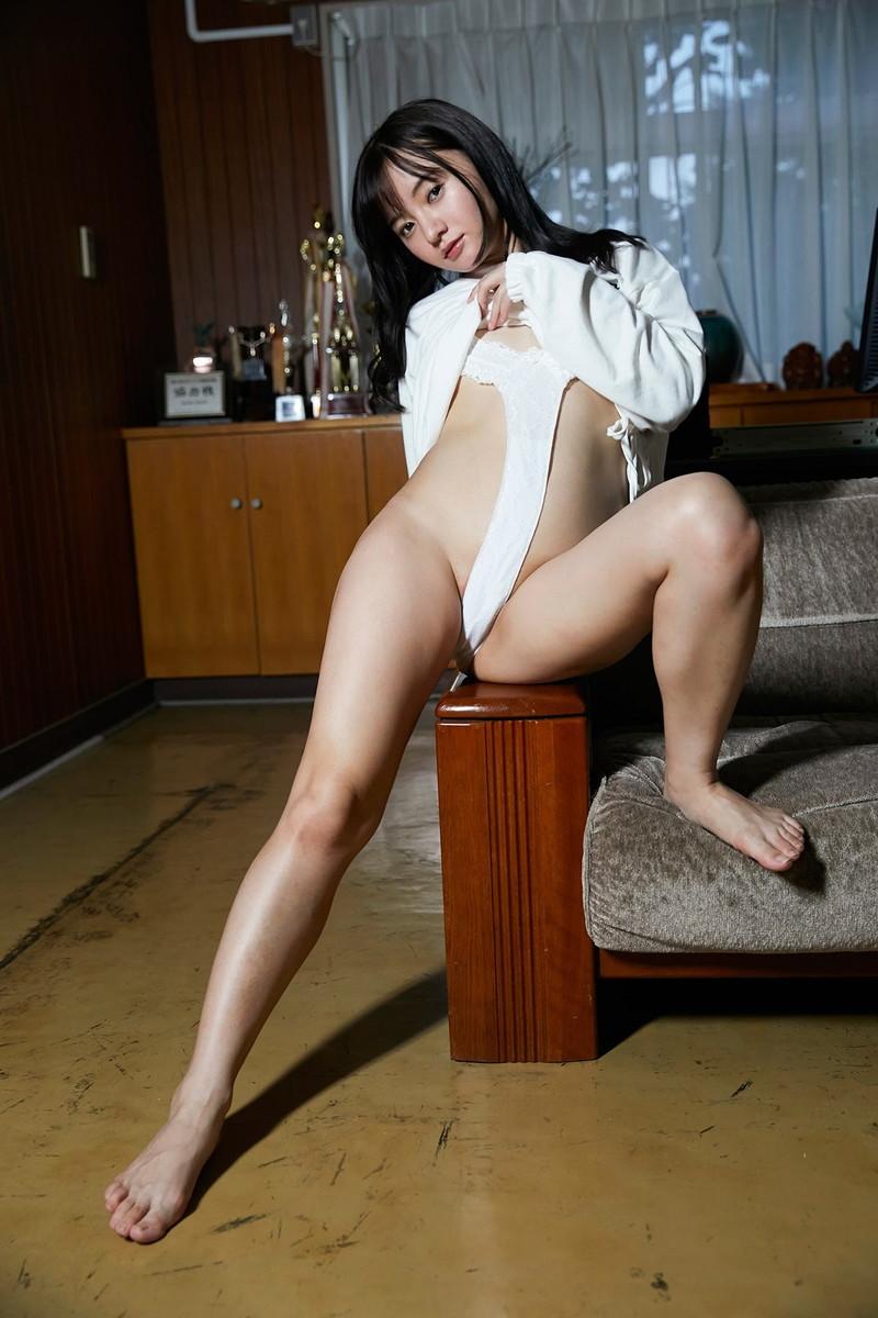 【西永彩奈エロ画像】25歳に見えないAカップ貧乳美少女グラドルが抜ける 32