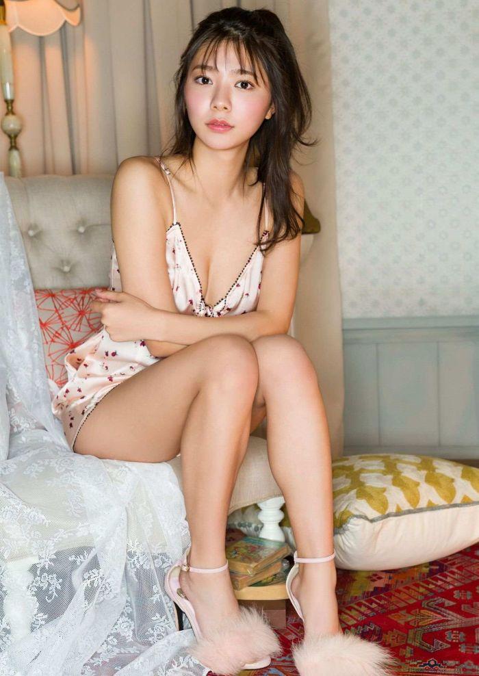 【川津明日香グラビア画像】スレンダーくびれボディに谷間がエロいビキニ美少女 42