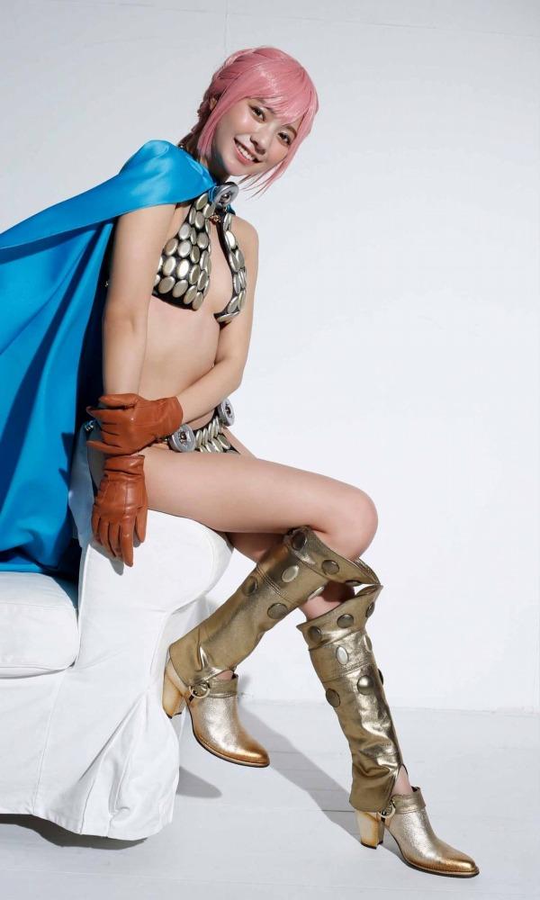 【川津明日香グラビア画像】スレンダーくびれボディに谷間がエロいビキニ美少女 76