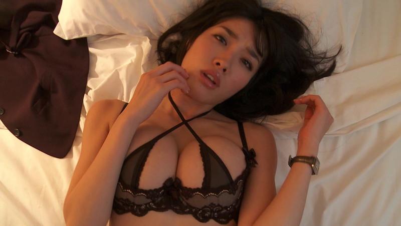 【今野杏南キャプ画像】Gカップ熟女グラドルが20歳代に撮ったイメージ 100