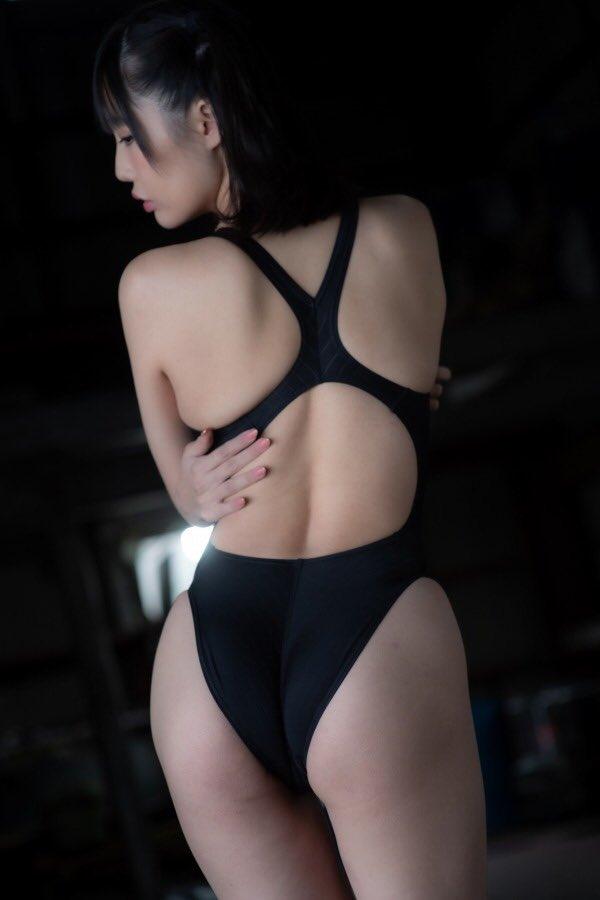 【稲森美優エロ画像】競泳水着のお姉さんが魅せるハイレグ美ボディ 78