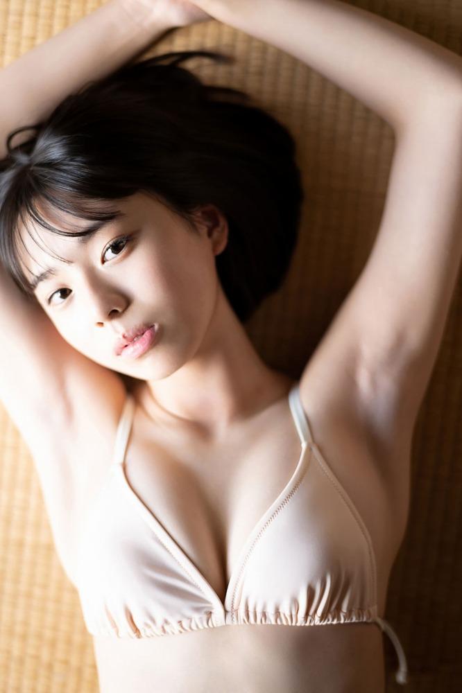 【菊池姫奈グラビア画像】素朴な感じの美少女感が可愛らしい現役女子校生 50