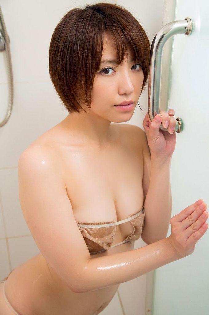【浅倉結希お宝画像】ショートカットが似合って可愛いスレンダーギャル 87