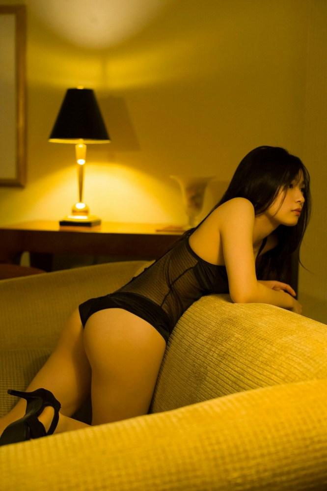【早川渚紗グラビア画像】スリーサイズ以上におっぱいが大きく見える! 26