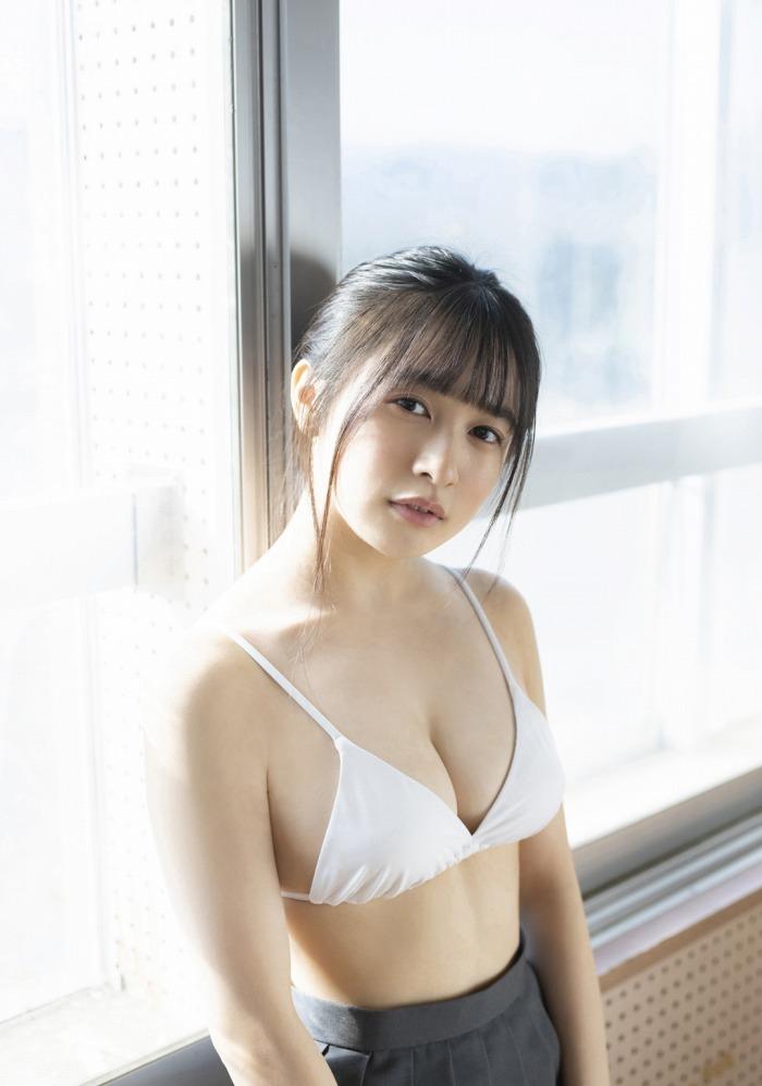【早川渚紗グラビア画像】スリーサイズ以上におっぱいが大きく見える! 54