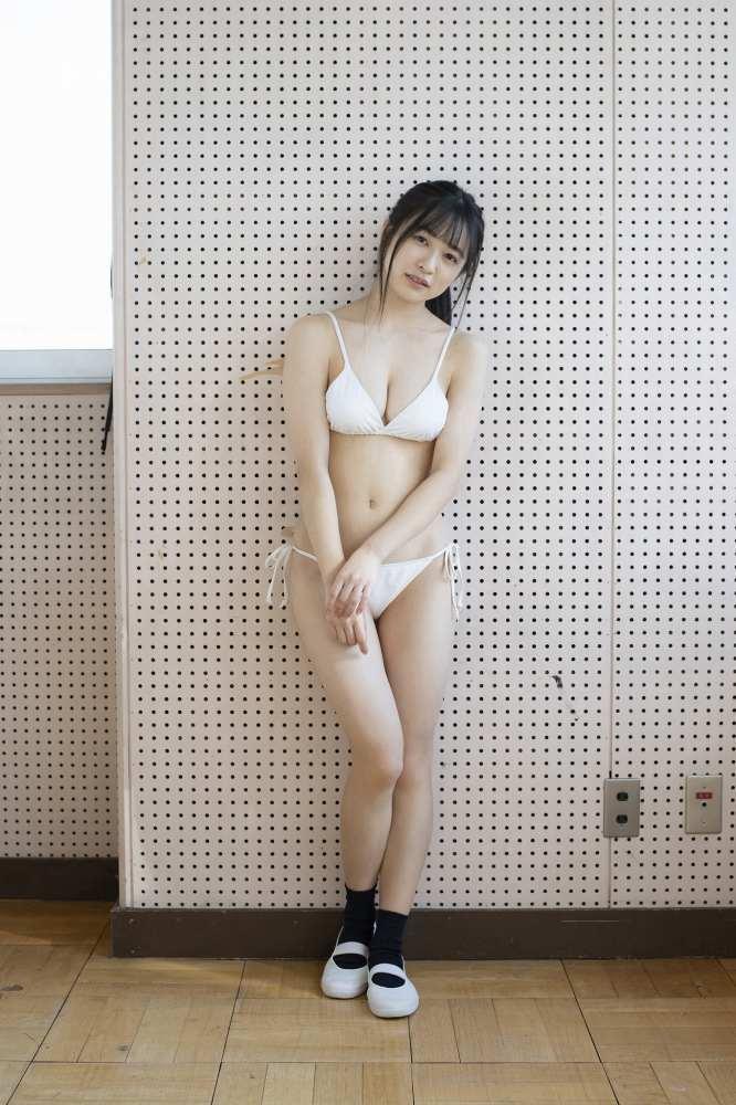 【早川渚紗グラビア画像】スリーサイズ以上におっぱいが大きく見える! 55