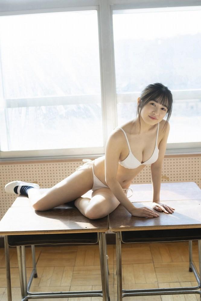 【早川渚紗グラビア画像】スリーサイズ以上におっぱいが大きく見える! 56